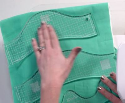 quilting with rulers, angela walters 3 serpentine linnes & waves