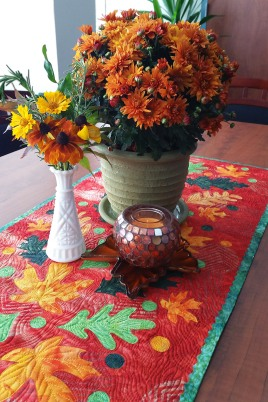 Fall-leaf-table-runner-tutorial-1200-x-1800
